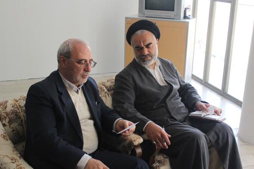آقای حاجی با حضرت آیت الله مهدوی نماینده محترم مردم اصفهان در مجلس خبرگان رهبری دیدار کرد