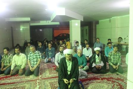 حاجی درجمع ساکنین مسکن مهردولت آباد: نفس حضور ما در جمع مردم یعنی اینکه حائلی بین ماوشما نیست.