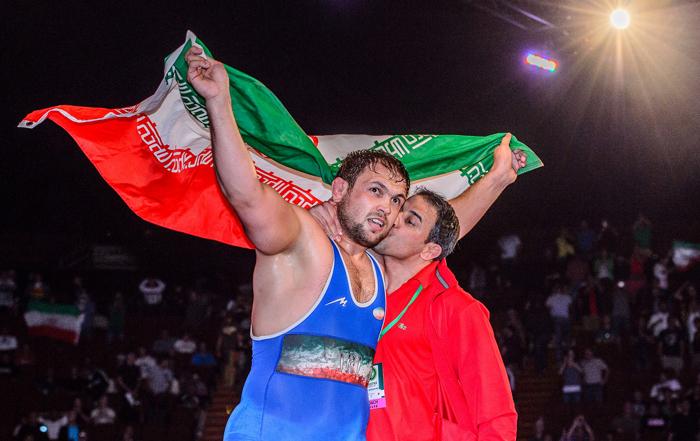 آقای حاجی کسب مقام قهرمانی جهان را به تیم ملی کشتی آزاد تبریک گفتند
