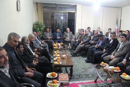 گزارش تصویری از دیدار جمعی از بزرگان بختیاری ،لر و فریدنیهای مقیم شاهین شهر با آقای حاجی