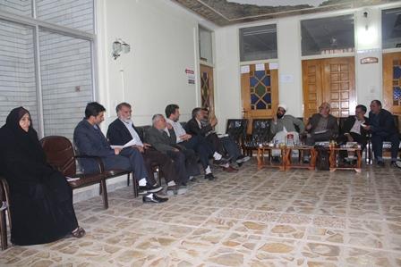 جلسه با اعضای گروه مشورتی شهر خورزوق در حضور امام جمعه محترم واعضای شورای اسلامی شهر