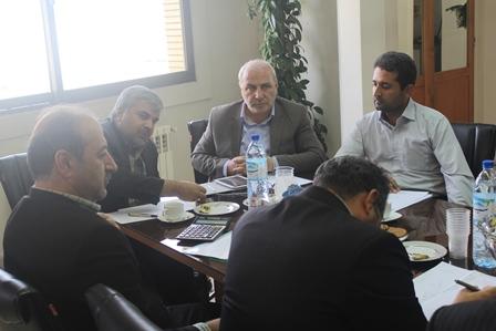حاجی؛صدور اسناد ملکی دو شهرستان را پیگیری کرد