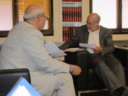 آقای حاجی با وزیر صنعت ، معدن و تجارت دیدار کرد.
