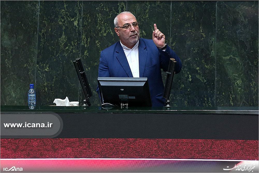 تذکرامروزحاجی درجلسه علنی خطاب به لاریجانی/دستورات جنابعالی اجرا نمی شود