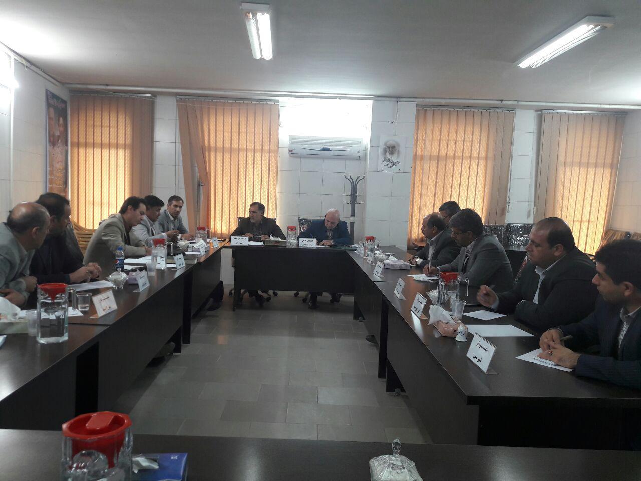 جلسه مشترک نماینده مردم شریف شاهین شهر و میمه و برخوار با شهرداران دو شهرستان