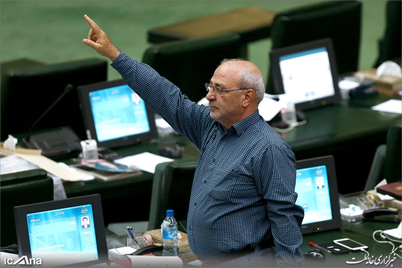 حاجی  در گفتوگو با فارس خبر داد هتک حرمت مأموران گرجستانی به زنان ایرانی در فرودگاه تفلیس