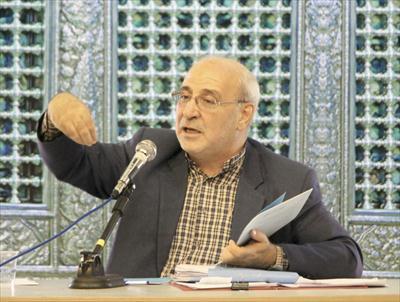 دولت توجه به ثبات مدیریتی برای اصفهان ندارد