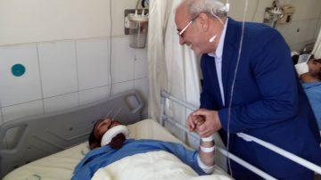 صبح امروز انجام شد : 🔴 عیادت آقای حاجی از مجروحین حادثه تروریستی زاهدان
