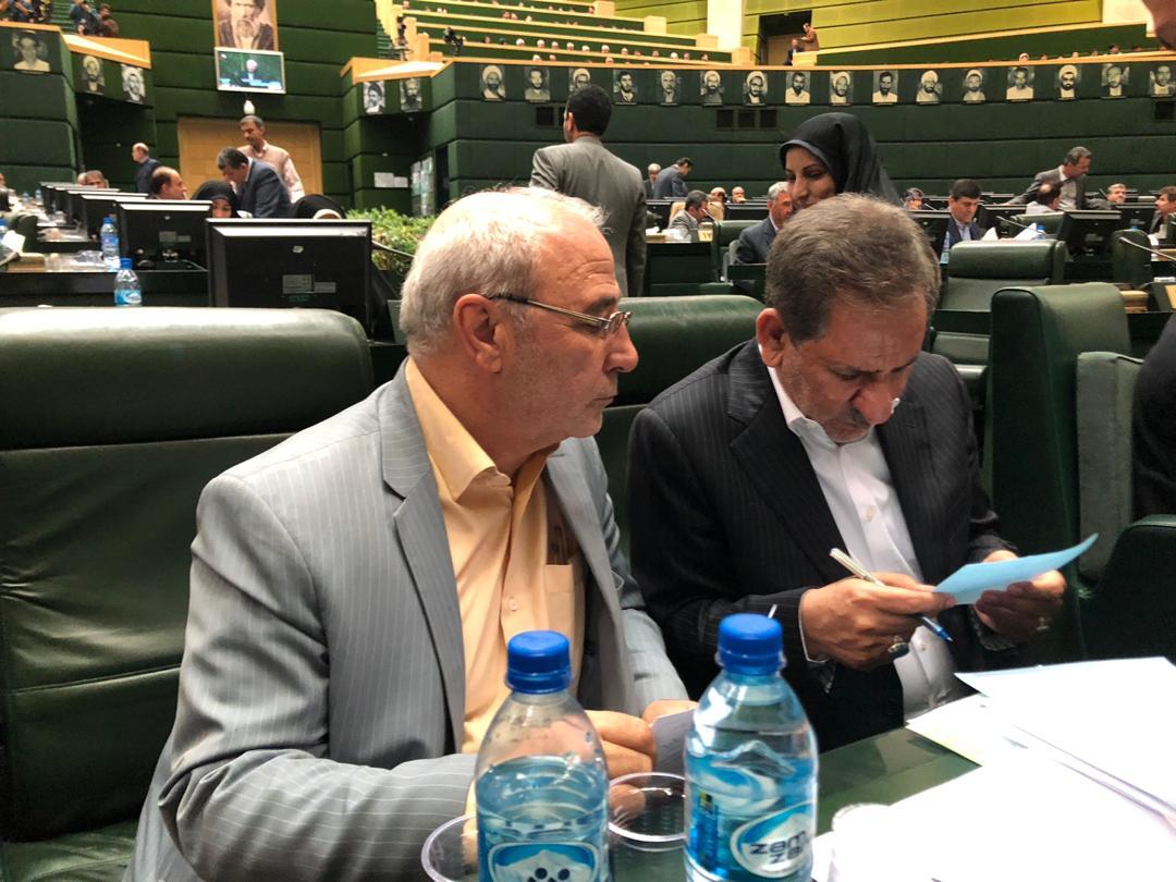 🔊 صوت – حسینعلی حاجی؛از مذاکره با معاون اول رئیس جمهور برای حل مشکل امهال وامهای کشاورزی خبر داد.