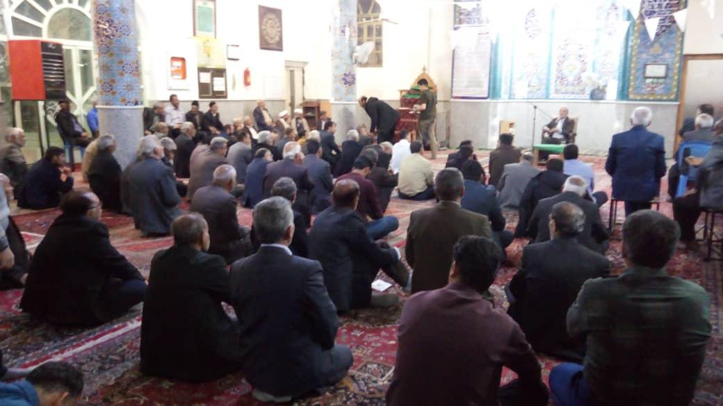سخنرانی آقای حاجی در جمع نمازگزاران مسجد حجتیه دستگرد برخوار