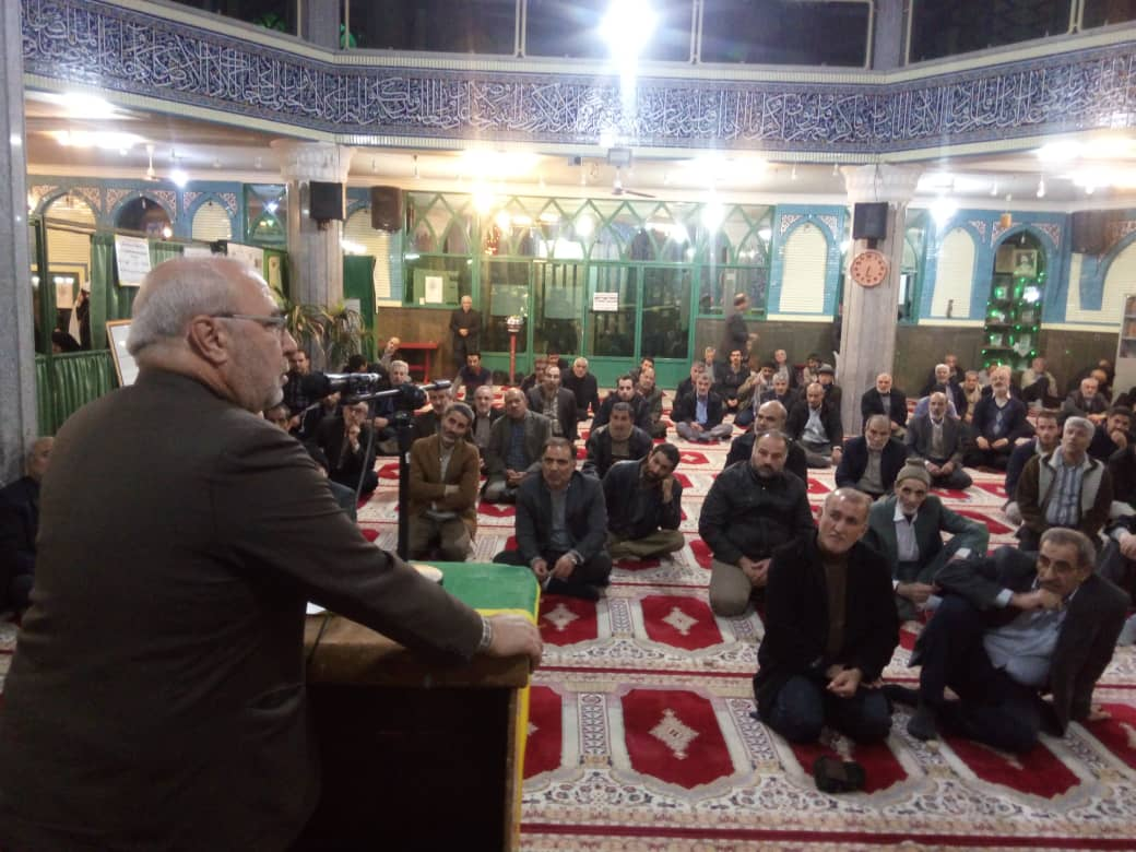 ⭐️حسینعلی حاجی، با حضور در جمع نمازگزاران مسجد اعظم ملک شهر