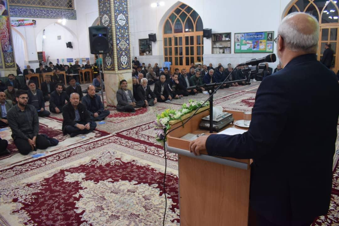 حسینعلی حاجی، در جمع مردم شریف حبیب آباد