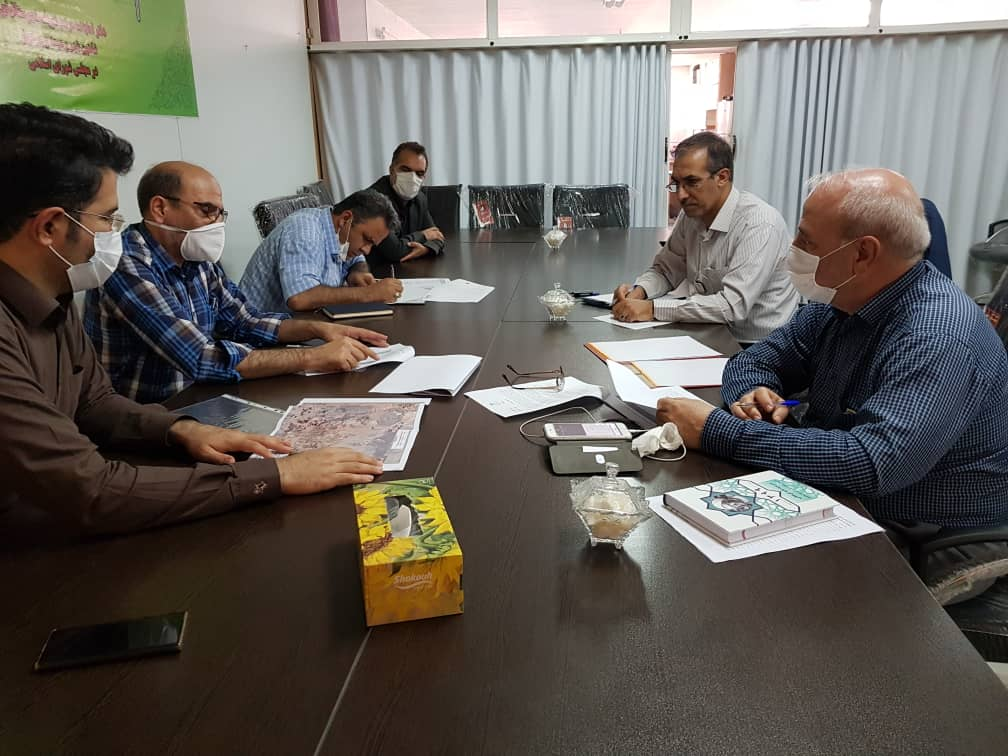 دیدارآقای علیرضا صلواتی با آقای حاجی و ارائه گزارش پروژه جاده پیامبر اعظم (ص) و متروی شهرستان برخوار