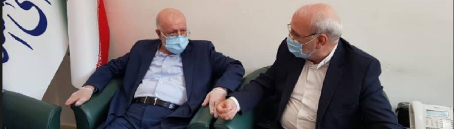 بیژن نامدار زنگنه وزیر نفت با حضور در دفتر حسینعلی حاجی با ایشان دیدار و گفتگو کرد
