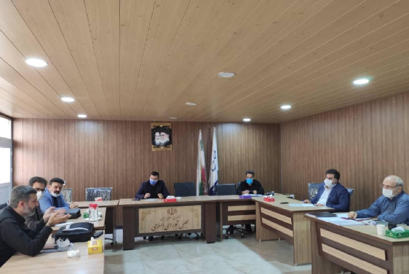 جلسه پیگیری احداث کارخانه تولید خودروی برقی در شاهین شهر برگزار شد
