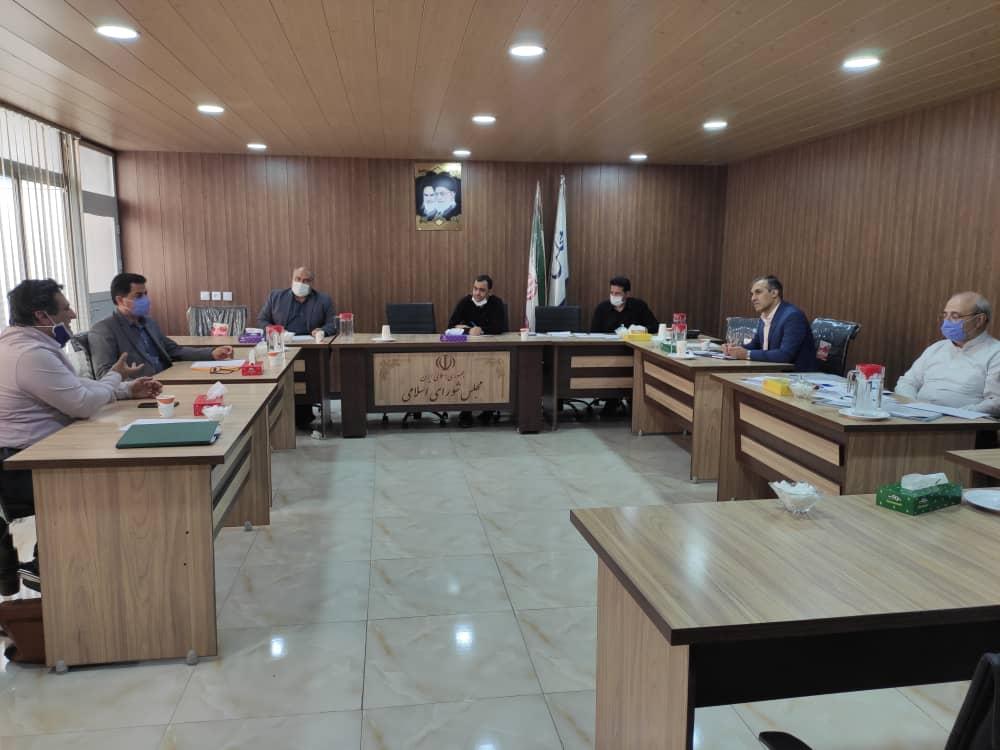 جلسه رسیدگی به مسائل و مشکلات کشاورزان شهرستان شاهین شهر و میمه