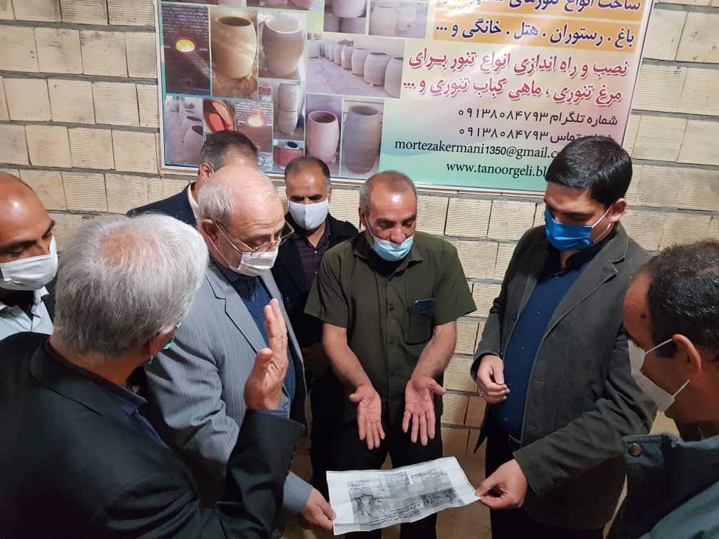 بازدید جناب آقای حاجی از کارگاه ساخت تنور گلی در حبیب آباد برخوار