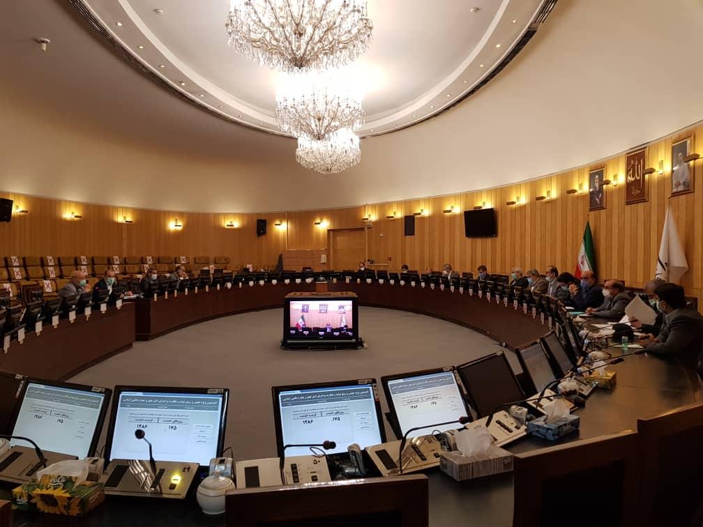 عبدالرضا رحمانی فضلی برای پاسخ به سوال حسینعلی حاجی در مجلس حاضر شد