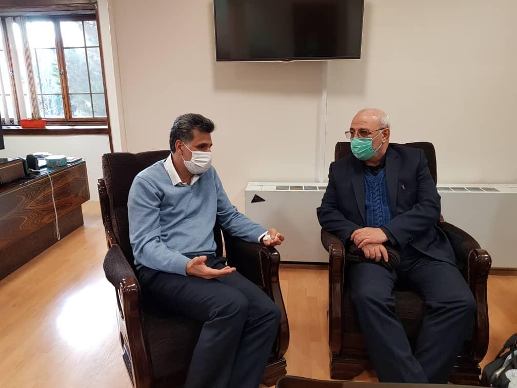 گفتگوی دکتر عبدالحسینی مدیر کل صدا و سیمای مرکز اصفهان با آقای حاجی